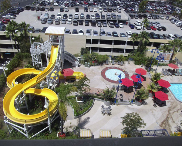 paradise_pier_hotel_pool